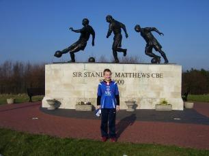 A statue of Sir Stanley Matthews