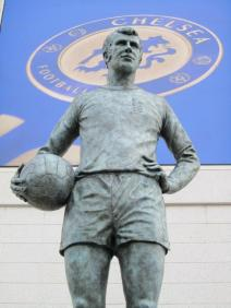 A statue of Peter Osgood
