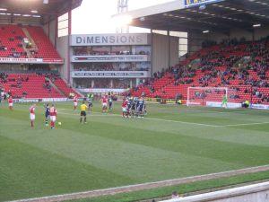Barnsley line up a free kick