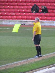 The unpopular linesman brings an end to a Barnsley attack