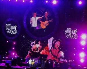 Roger Daltrey and Pete Townshend soak up their well deserved ovation from the crowd