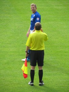 Ritchie Humphreys has a word with the linesman