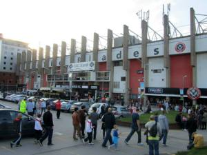 Fans arriving at Bramall Lane
