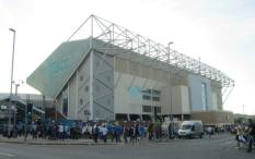 Fans arrive at Elland Road