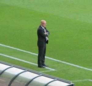 Leeds manager Brian McDermott on the touchline