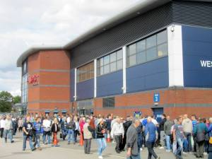 Queues at the ticket office before kick