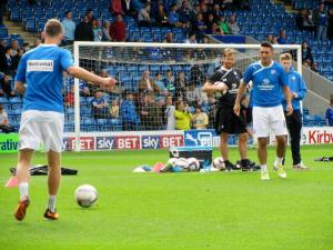 Jay O'Shea and Gary Roberts warming up