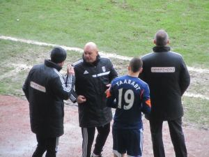 Adel Taarabt prepares to be brought on