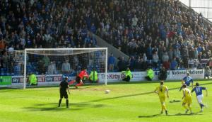 Eoin Doyle equalises from the spot