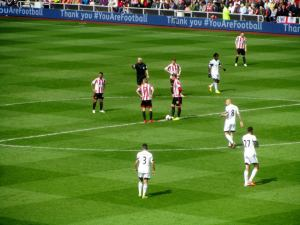 Sunderland restart the game after falling behind