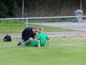 Hewitt treats the Chesterfield goalkeeper