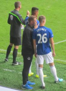 Everton prepare to make some substitutions