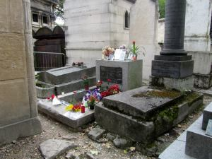 The grave of the legendary singer of the Doors