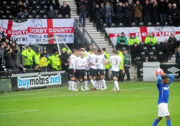 Darren Bent puts Derby ahead