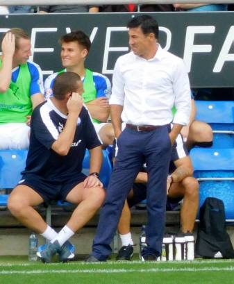 Dean Saunders on the touchline