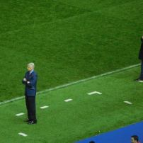 Arsene Wenger and Carlos Carvahal on the touchline