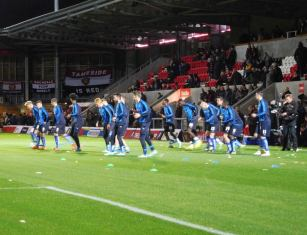 Chesterfield warm up